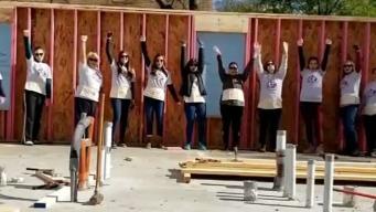 Construyen casa para madre soltera y su familia sin hogar