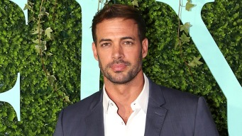 William Levy luce irreconocible
