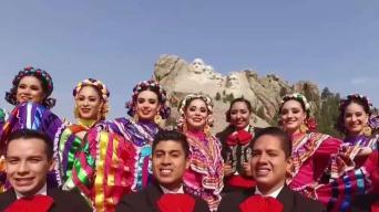 """Canción oficial de """"México en el Corazón"""""""