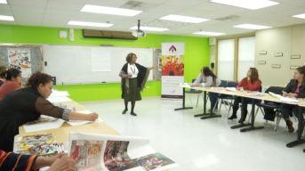 Organización empodera y educa a latinas en Chicago