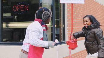 Ayuda a los más necesitados esta Navidad donando al Salvation Army