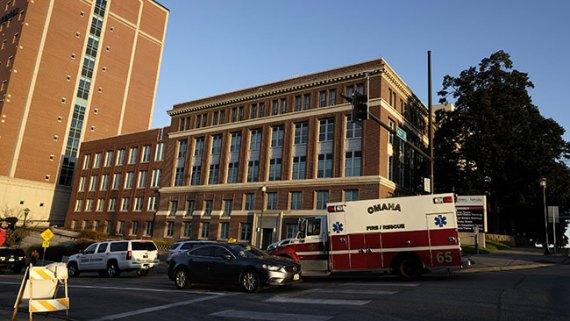 Llega otro paciente con ébola a EEUU