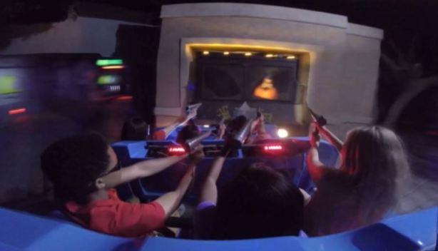 Six Flags Great America inaugura nueva atracción 4D