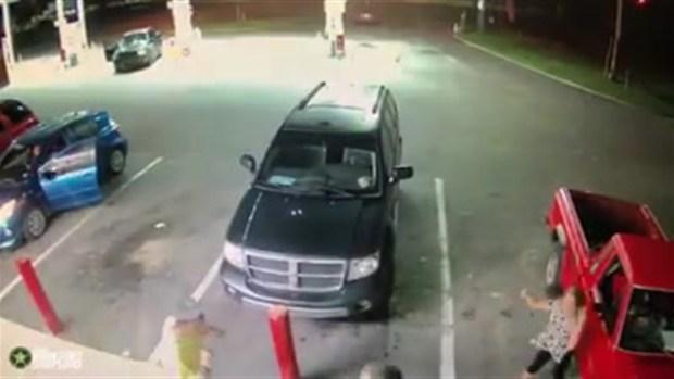 [TLMD - NATL] Brutal ataque a familia en gasolinera