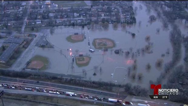 Estragos por inundaciones en áreas de Chicago