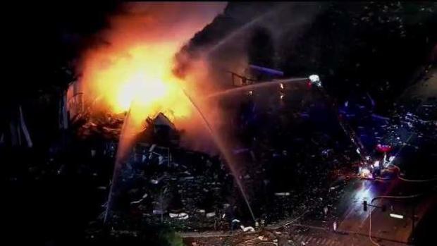 [TLMD - LV] Explosión mortal en fábrica de silicona en Waukegan