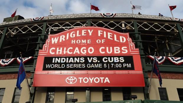 Fan de los Cubs muere tras caída en el Wrigley Field