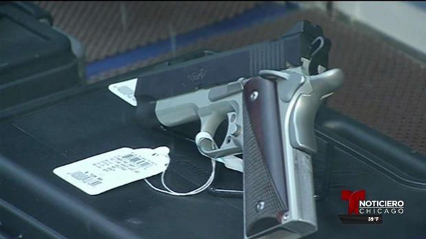 Legisladores de IL aprueban leyes de control de armas