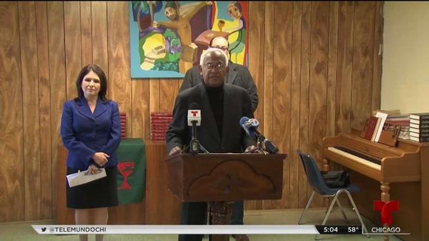 [TLMD - Chicago] Pastores hispanos reaccionan a demanda contra campaña de Pritzker