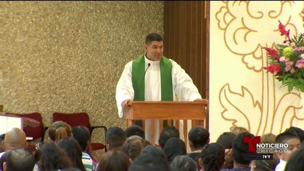 Sacerdote de Chicago irá a México para entregar ayuda