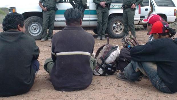 Reitera decisión de aumentar deportaciones de indocumentados