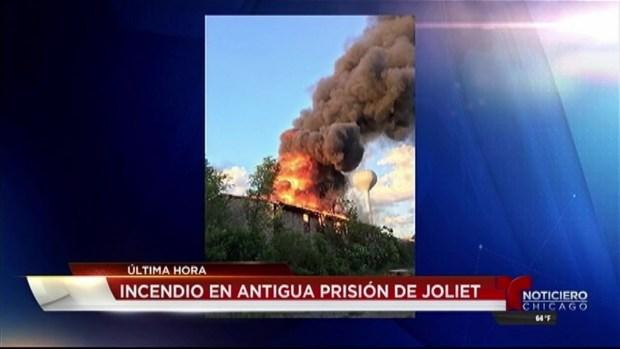 Masivo incendio en antigua prisión de Joliet