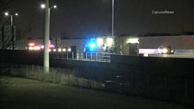 [TLMD - Chicago] Policía balea mortalmente a mujer en Elgin