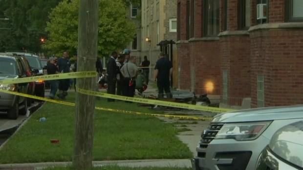 Investigan homicio de una madre de tres en Englewood