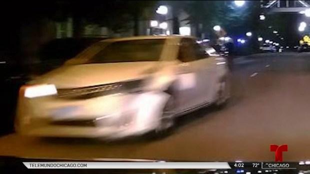 Buscan auto Toyota en conexión con mortal atropello en Chicago