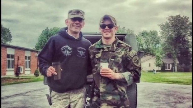 Recuerdan a oficial asesinado en Fox Lake
