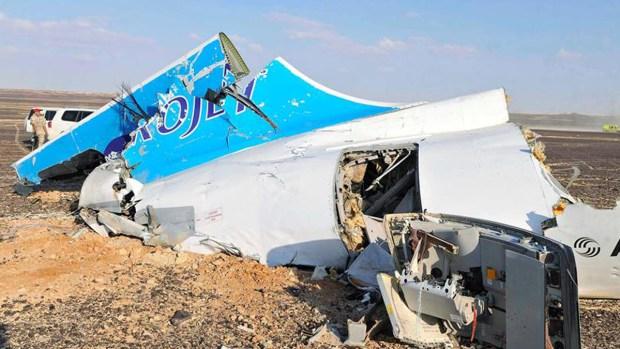 Tragedia: así quedó el avión ruso que se estrelló