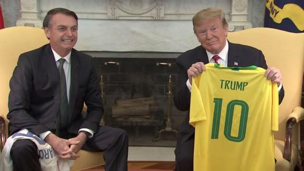 El regalo que le dio Bolsonaro a Trump