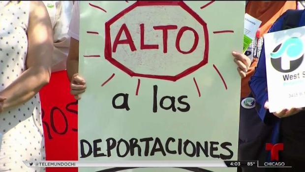 Inmigrantes en Chicago repudian recientes operativos de ICE