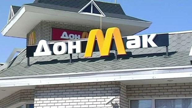 Inauguran falso restaurante McDonald's en el conflictivo este de Ucrania