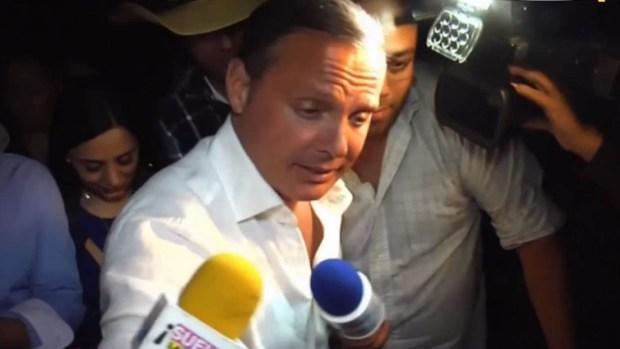 Luis Miguel aparece en bar en México y arma caos