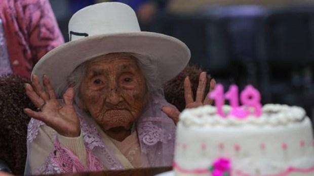 Mamá Julia celebra sus 118 años por todo lo alto