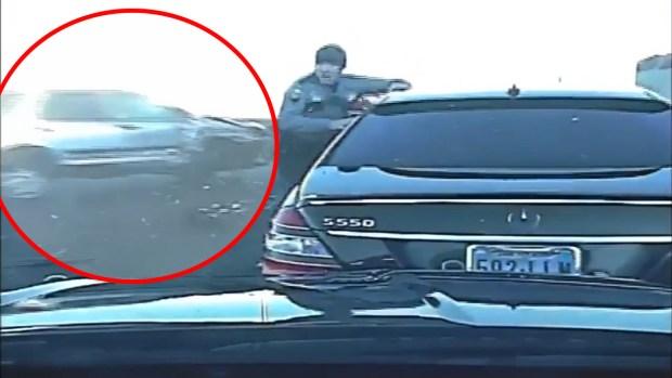 [TLMD - LV] Camioneta casi atropella a oficial de NHP