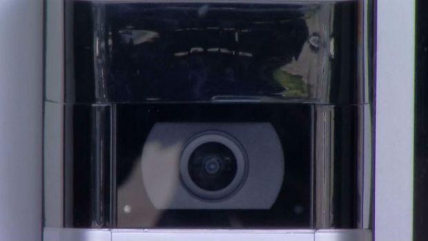 """Policía de Chicago podría utilizar videos de cámaras """"Ring"""""""