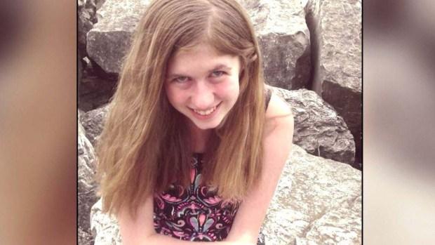 La encuentran viva: adolescente desaparecida tras asesinato de sus padres