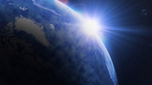 Video: Tormenta magnética amenaza la Tierra