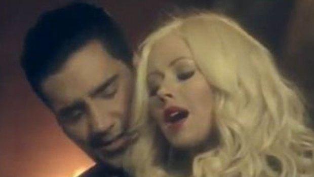Video: El Potrillo, muy cerca de C. Aguilera