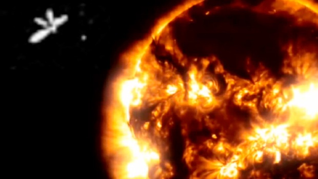 Video: Polémica por ángeles alrededor del sol