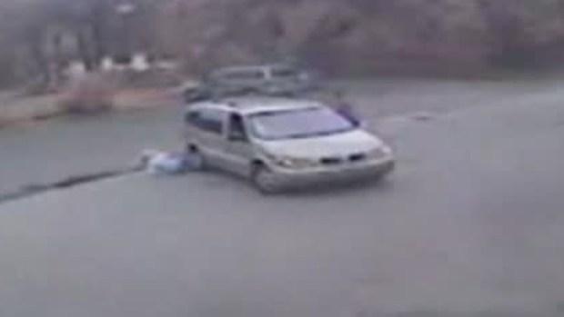 Video: Bebé fue atropellado y arrastrado