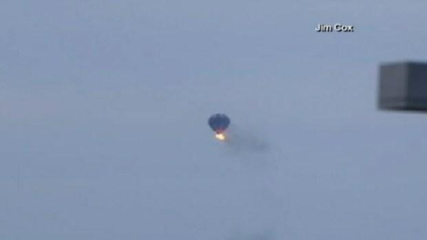 Video: 2 muertos tras chocar globo aerostático