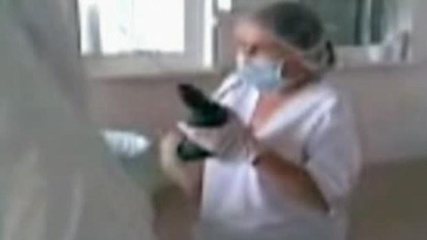 Video: ¡Operan a niños con taladros!