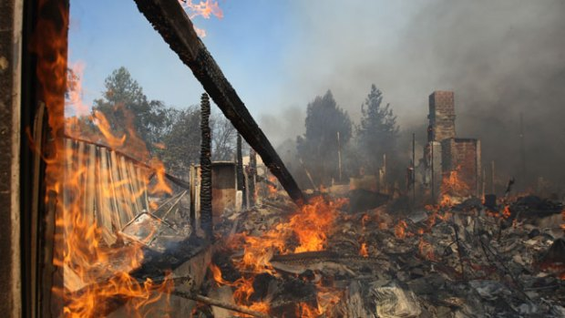 Video: California: Hombre acusado de incendio