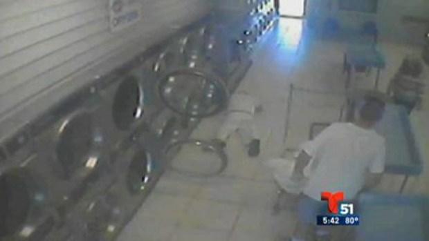 Video: Florida: Patean brutalmente a anciano
