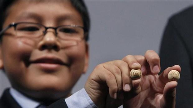 Video: Un premio gordo con acento latino