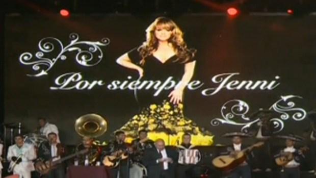 Video: Recuerdan a Jenni en lugar de muerte