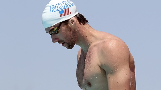 Video: Phelps se disculpa por conducir ebrio