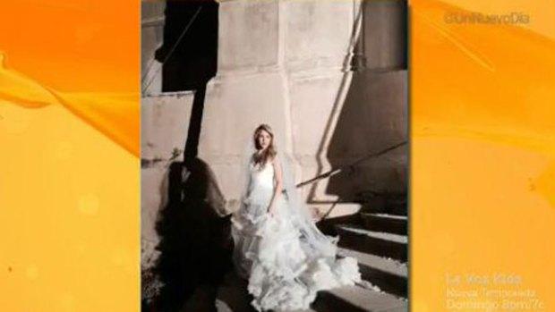 Video: ¿Qué hace Shakira de blanco en iglesia?