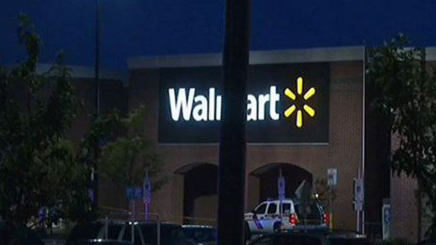 Video: Tiroteo en Walmart deja dos muertos
