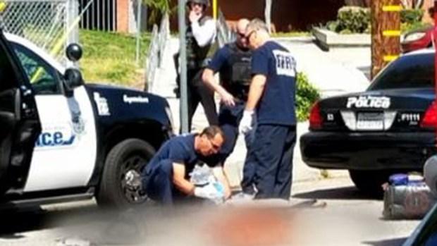 Matan a 2 en escuela de San Bernardino