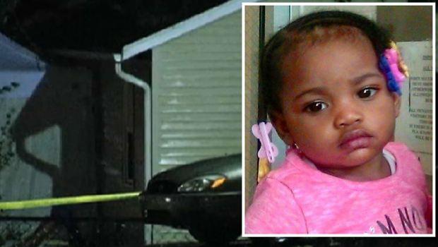 Autopsia revela de qué murió bebé hallada bajo un sofá