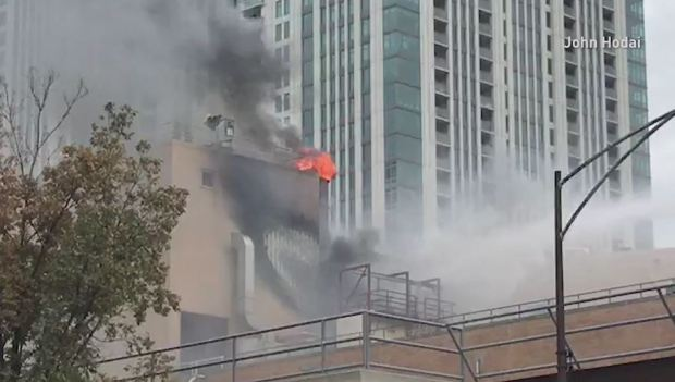Se incendia fábrica de chocolates Blommer en Chicago