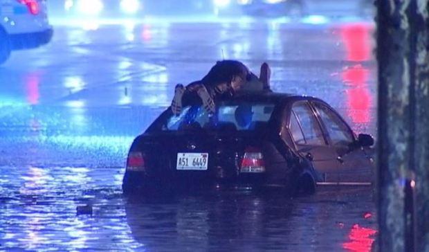 Caos en Chicago por inundaciones repentinas