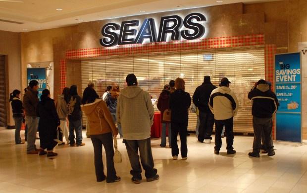 Tiendas Sears desaparecen de la faz de Chicago