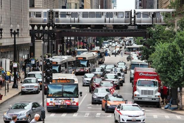 ¿Hacia dónde emigran los habitantes de Chicago?