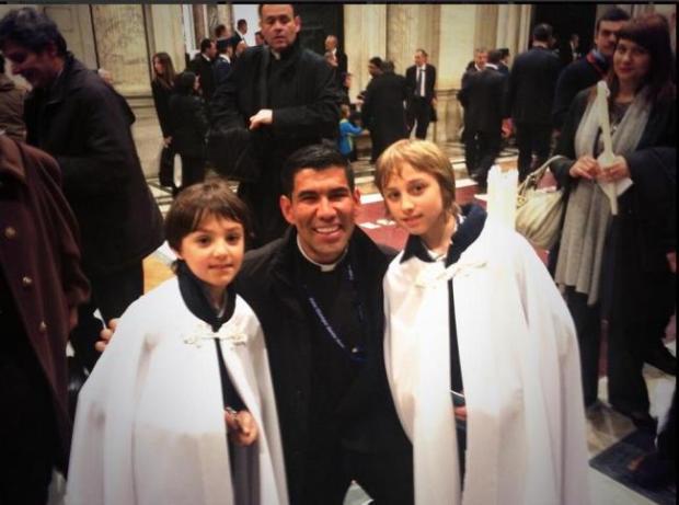 Video: Sacerdote interpretará canonización