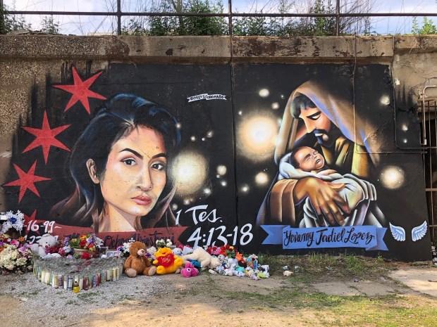 Pilsen: mural capta trágico final de Marlén Ochoa y su bebé
